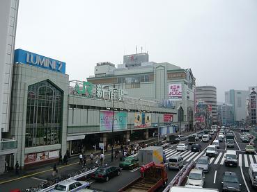 shinjyukueki2.JPG
